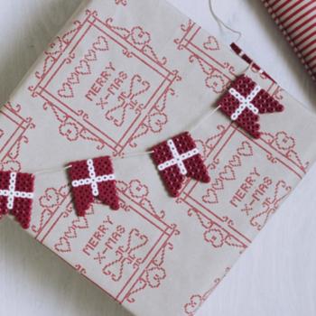 DIY joulukalenteri – Luukku 3: Jouluista hamahelmiaskartelua