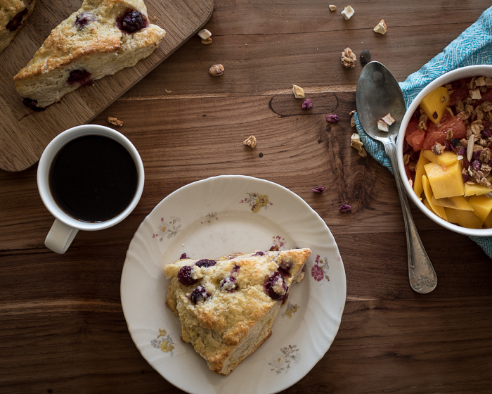 Sitruunaskonssit äitienpäivän aamiaiselle